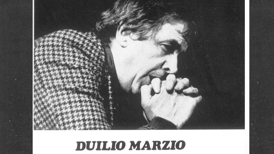 Duilio Marzio en Equus - Teatro El Nacional
